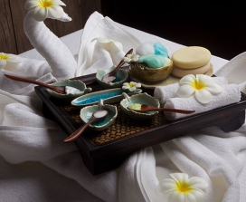 Oil Massage with Towel