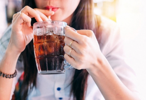 Possible link between sugary drinks and cancer